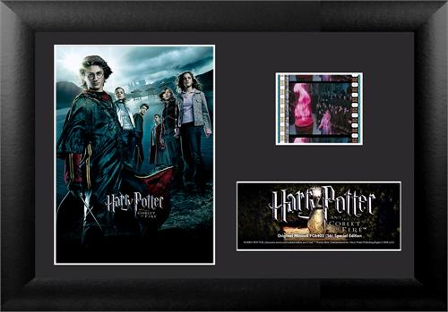 Relive the Tri-Wizard Tournament with this collectible Minicell of Harry Potter and the Goblet of Fire. Each framed MiniCell comes with an authentic film cell from the movie. This is a perfect piece for the Harry Potter fan in your life!
