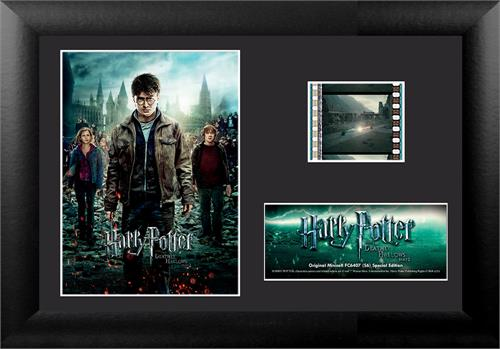 The end is here! Now you can remember the best scenes from Harry Potter and the Deathly Hallows Part 2 with this collectible MiniCell! Each framed MiniCell comes with an authentic film cell from the movie. This is a perfect piece for the Harry Potter fan
