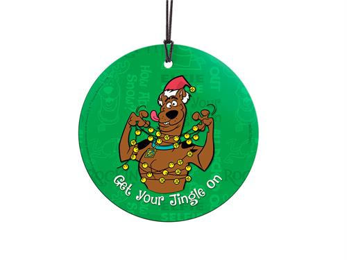 It's the holidays, so let's Get Your Jingle On. Scooby-Doo is tangled in bells, complete with a Santa hat. In the background, holiday sayings and Scooby with antlers can be seen. Comes with hanging string for easy display.