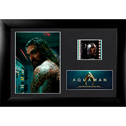 This special edition Aquaman FilmCells™ Presentation features Jason Momoa as Arthur Curry and his tattoos up close and personal.  Included in this officially licensed collectible is a clip of real 35mm film from the movie!