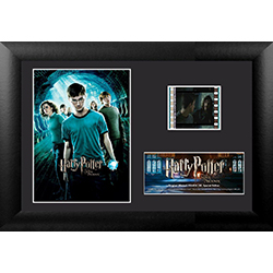 Are you ready to join the Order? Show your love of the Order of the Phoenix with this collectible Minicell of Harry Potter and the Order of the Phoenix. Each framed MiniCell comes with an authentic film cell from the movie. This is a perfect piece for the
