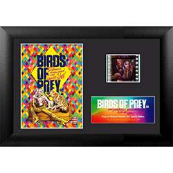 Everyone needs a faithful companion. Even if that companion is a vicious hyena. Harley Quinn takes a break with her pet in this collectible Birds of Prey MiniCell. Also features a real clip of film from the movie. Perfect for the DC Comics fan in your lif