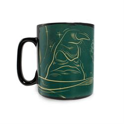 ? Add your favorite hot liquid to show that you're in Slytherin! The image comes to life, complete with the Hogwarts crest, house animal and house initial.