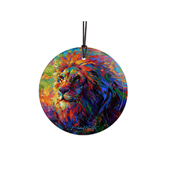 The majestic lion has vibrant colors added to it in this art by Blend Cota. The King of the Jungle looks stunning as light shines through this hanging glass collectible, letting the colors pop off the decoration.