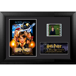 "Relive where the magic began with this collectible Minicell of Harry Potter and the Philosopher's Stone. Featuring an image of the film's official movie poster, this 7"" x 5"" collectible item also holds one35 mm carefully handcut film clip from the film."
