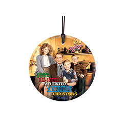 Bring the fun, family, and all American glory of A Christmas Story to your window or festive wall with this StarFire Prints hanging glass. This collectible features an image of the Parker family and comes with hanging string for easy display.